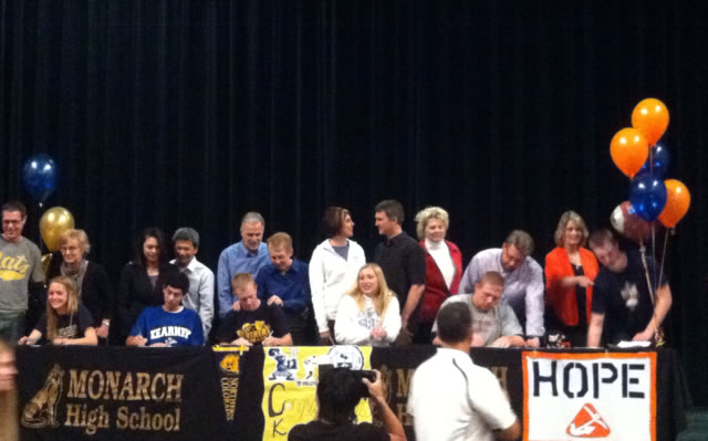 Six+Monarch+Athletes+Sign+to+Play+in+College