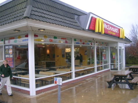 McDonald_s_Drive-Thru,_Kirkcaldy_(Main_Entrance_and_interior)_-_geograph.org.uk_-_721301