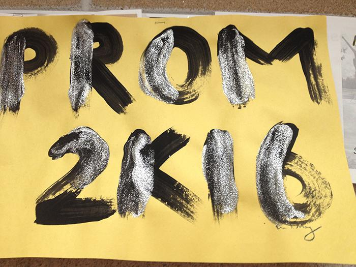 How to Plan a Prom