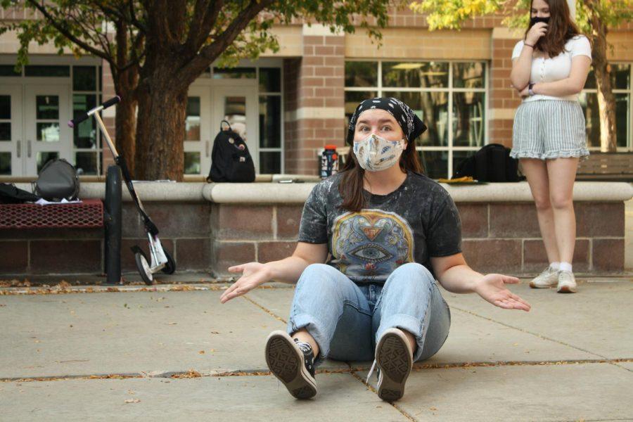Hannah Rowton '22 rehearses for the fall play